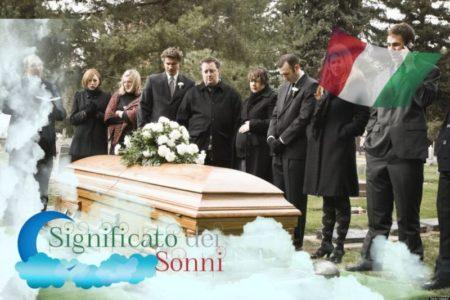 Sognando i funerali